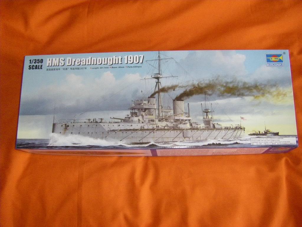 Le dernier né d'une longue tradition. HMS Dreadnought au 1/350 IMGP0080