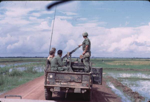 Ficha Técnica: 9th Infantery DIvision 9_P