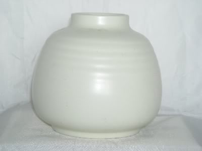 Poole Pottery up to 1959 & Traditional Poolevase1