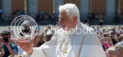 Firma: Apoya al Papa Benedicto XVI Papa