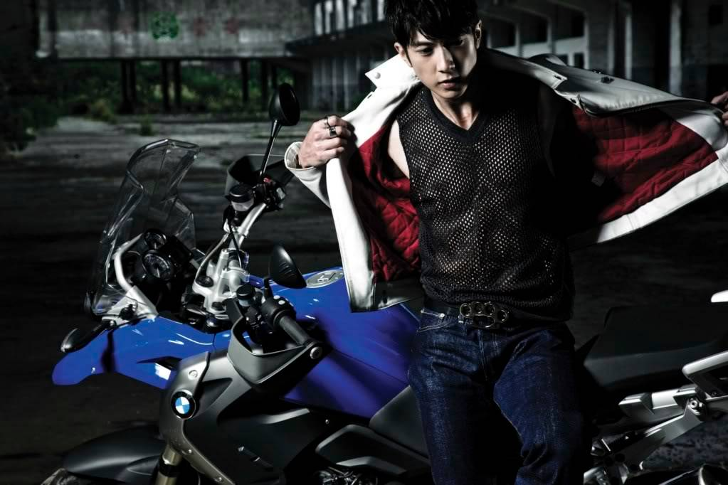 [2010.02]TW Mag_GQ Man Power 95f51583992a1a900df4d2f6
