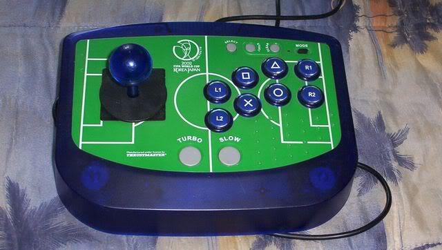 Finale - Les pads arcades Stick_fifa2004