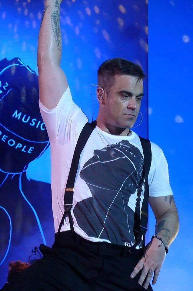 Concert à Dublin, 14/09/2012 227798_280653425367862_213007095_n