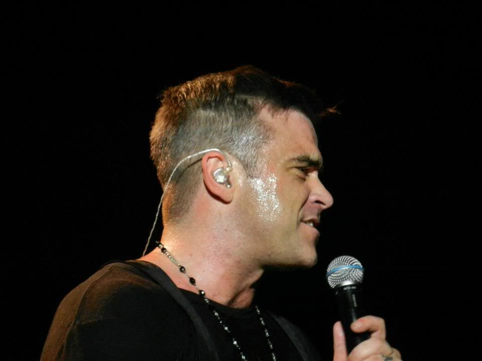 Concert à Dublin, 14/09/2012 299463_228558790605158_715081211_n