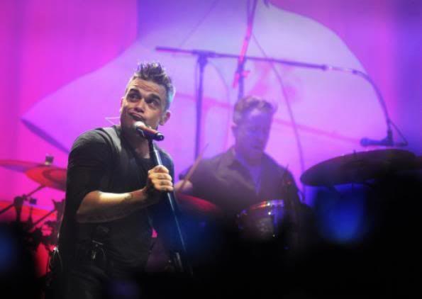 Concert à Dublin, 14/09/2012 310616_228558817271822_257163902_n