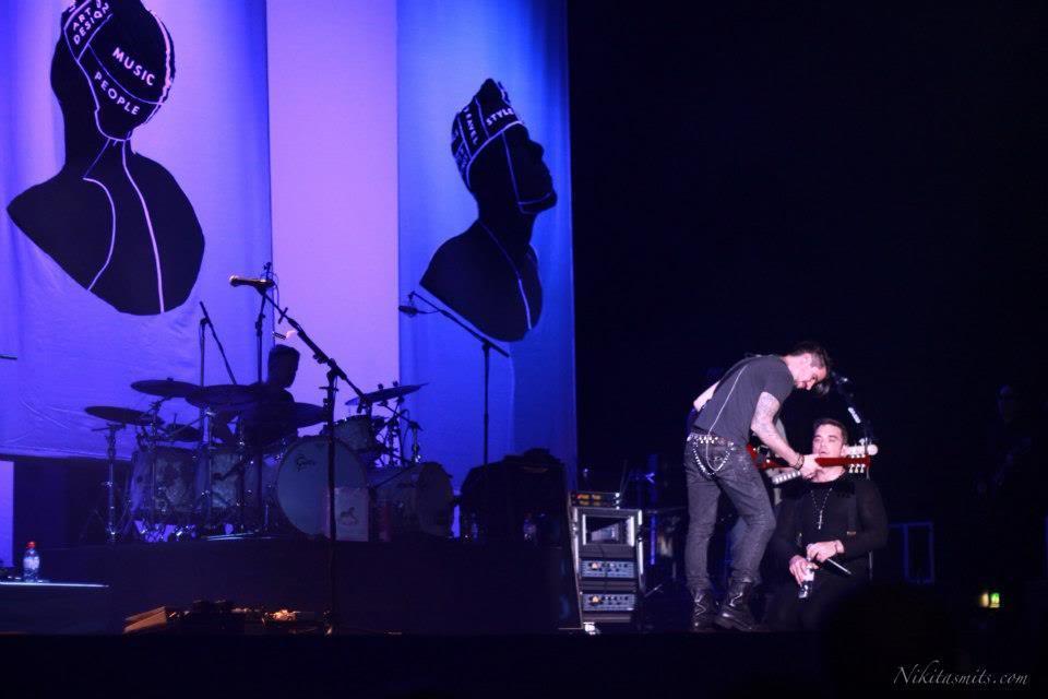 Concert à Dublin, 14/09/2012 530412_4528191165286_1760458477_n