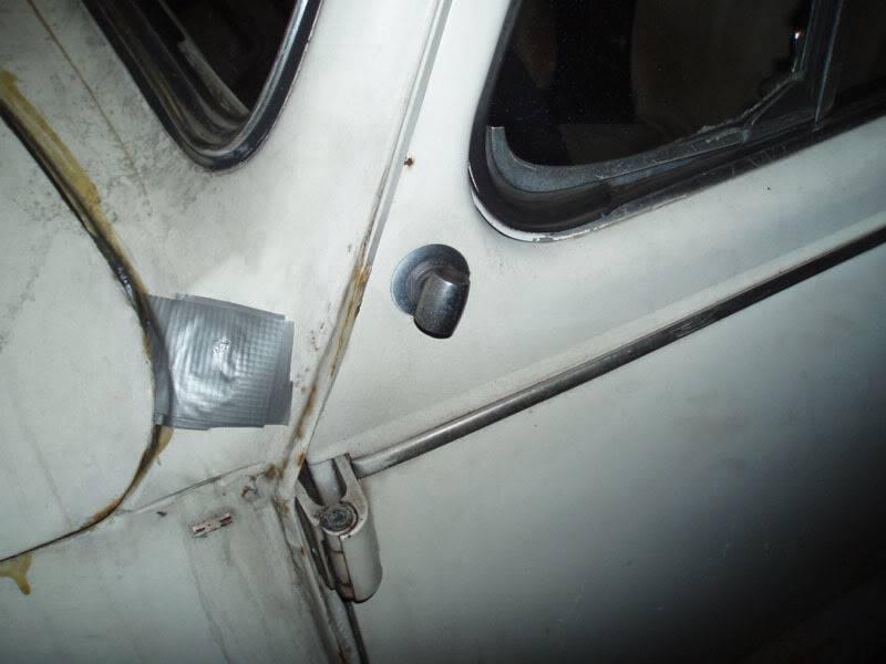 VW1300 = 1972 = BOCNO OGLEDALO O1