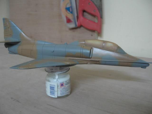 A-4PTM 1/48........PTM(Pakai Tangkap Muat)....kekekeke.....yg ni saya tunjuk sikit mcmane nakairbrush camou IMG_0920