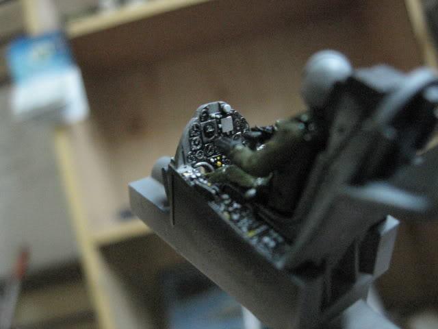 A-4PTM 1/48........PTM(Pakai Tangkap Muat)....kekekeke.....yg ni saya tunjuk sikit mcmane nakairbrush camou IMG_1506