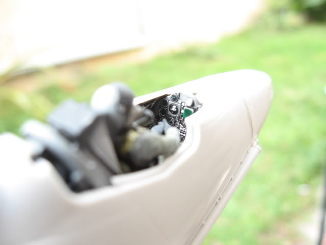A-4PTM 1/48........PTM(Pakai Tangkap Muat)....kekekeke.....yg ni saya tunjuk sikit mcmane nakairbrush camou IMG_1512