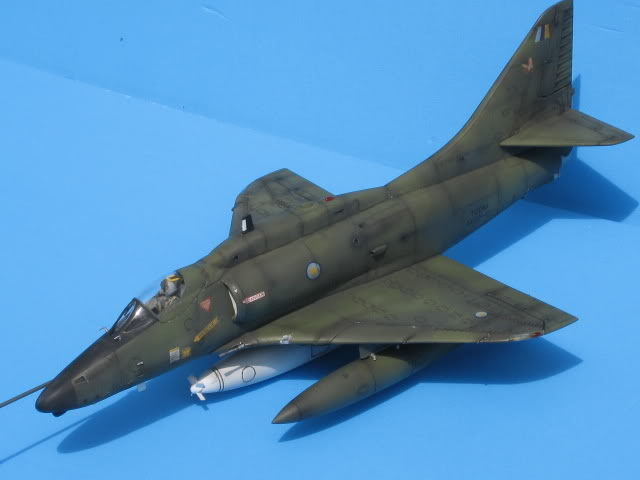 A-4PTM 1/48........PTM(Pakai Tangkap Muat)....kekekeke.....yg ni saya tunjuk sikit mcmane nakairbrush camou IMG_1603
