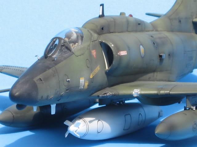 A-4PTM 1/48........PTM(Pakai Tangkap Muat)....kekekeke.....yg ni saya tunjuk sikit mcmane nakairbrush camou IMG_1604