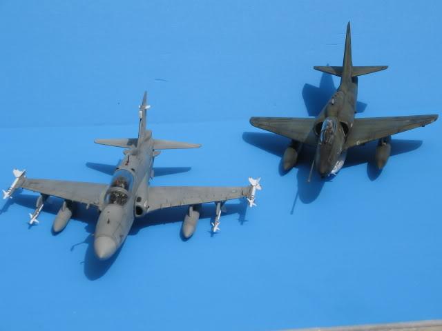 A-4PTM 1/48........PTM(Pakai Tangkap Muat)....kekekeke.....yg ni saya tunjuk sikit mcmane nakairbrush camou IMG_1605