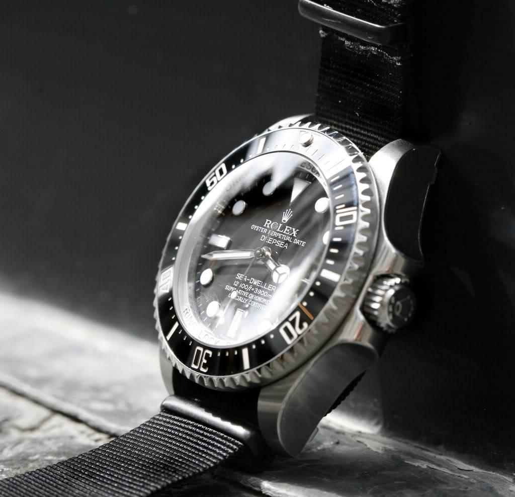 La montre qui vous tente pour la rentrée ...Et Attention ! Une seule ! SDDS-4-1