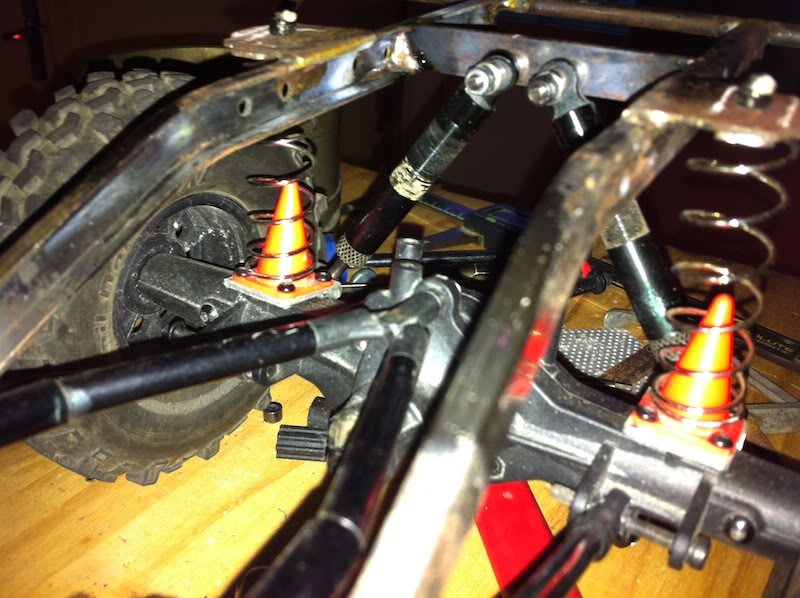 [ SCX10 Axial ] Mon DEF 90 à moi - Page 3 IMG_2029