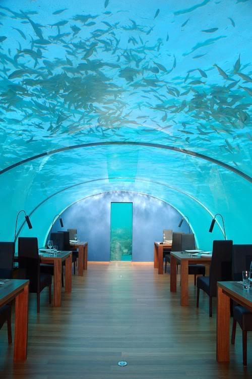 مطعم محمول تحت الماء Attz0kjd1