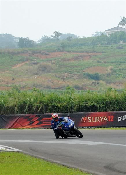 Hobby Nikung2 (knee down)...more pic page 1 - Page 10 Franco-bd