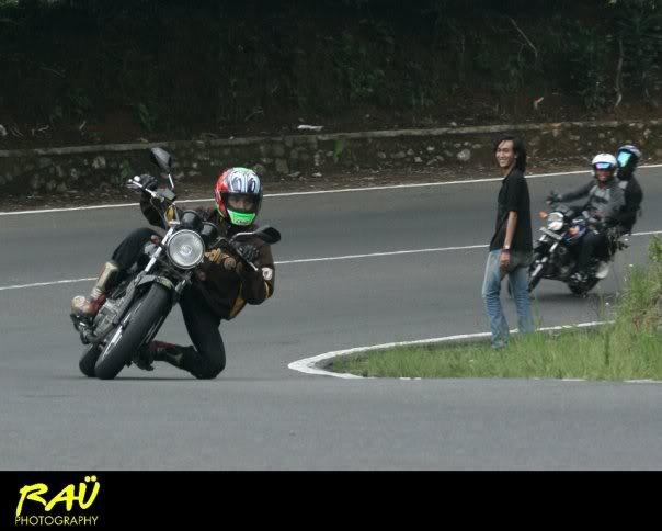 Hobby Nikung2 (knee down)...more pic page 1 Sadis2