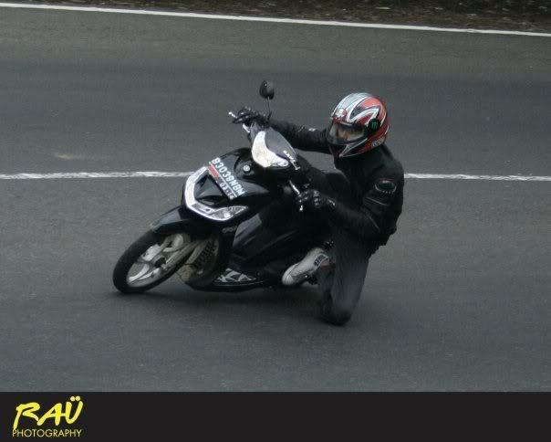 Hobby Nikung2 (knee down)...more pic page 1 Sadismio