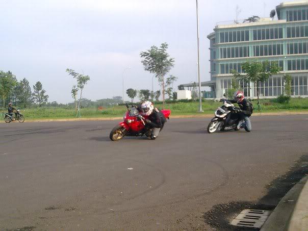 Hobby Nikung2 (knee down)...more pic page 1 Sadiss-1