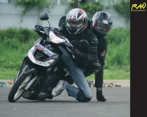 Hobby Nikung2 (knee down)...more pic page 1 Touchdown