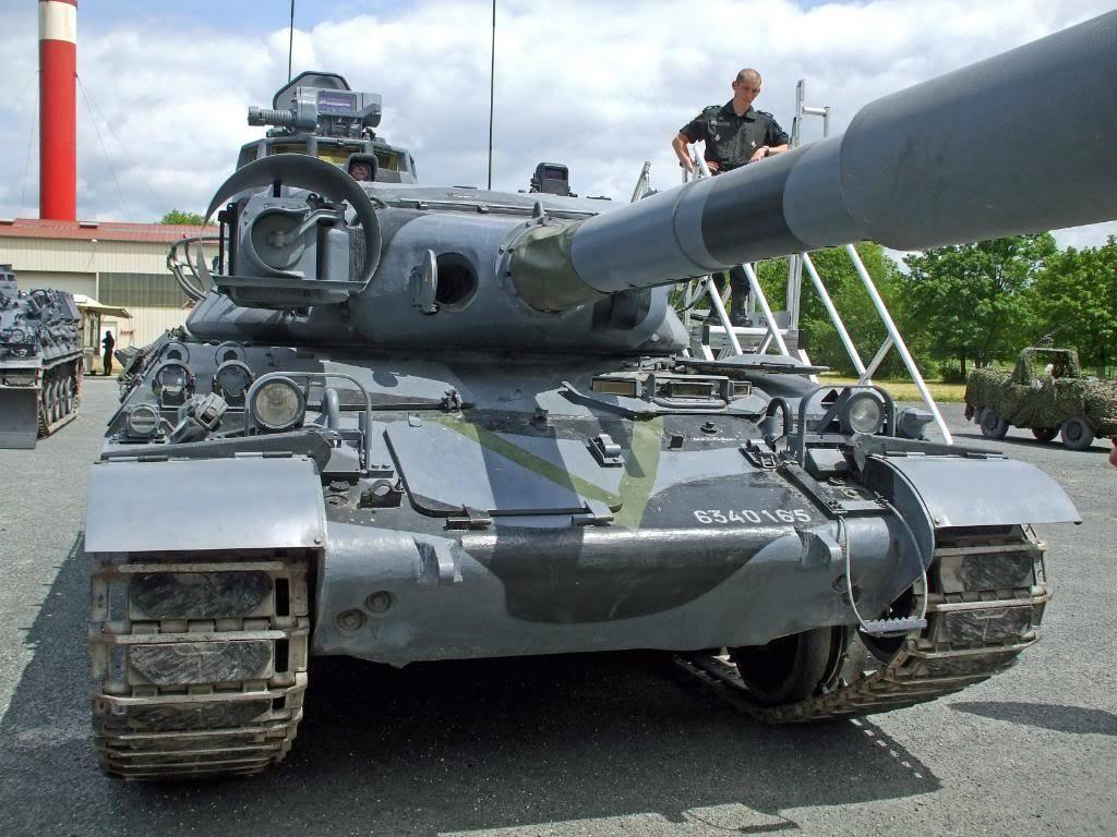 AMX 30 B2  FORAD DSCF6321_edited
