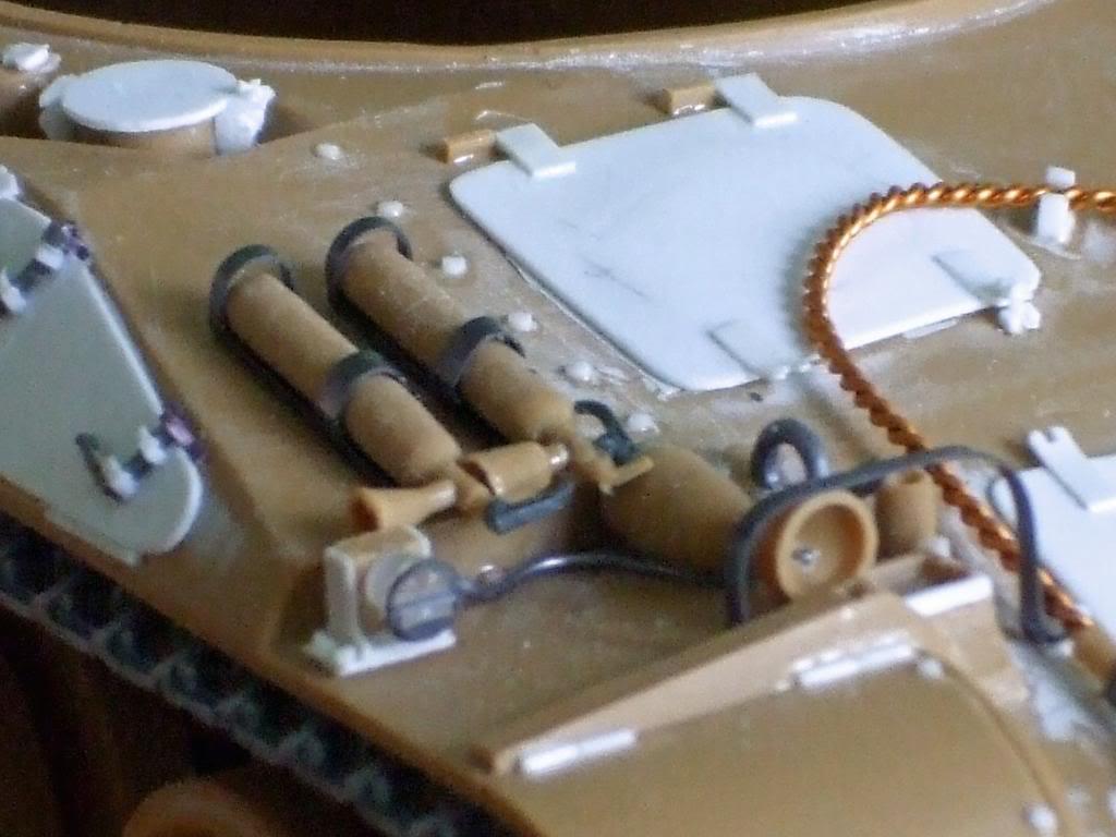 Le Zurich du zuzu : AMX 30 B 1/35 - Page 2 DSCF1994_edited
