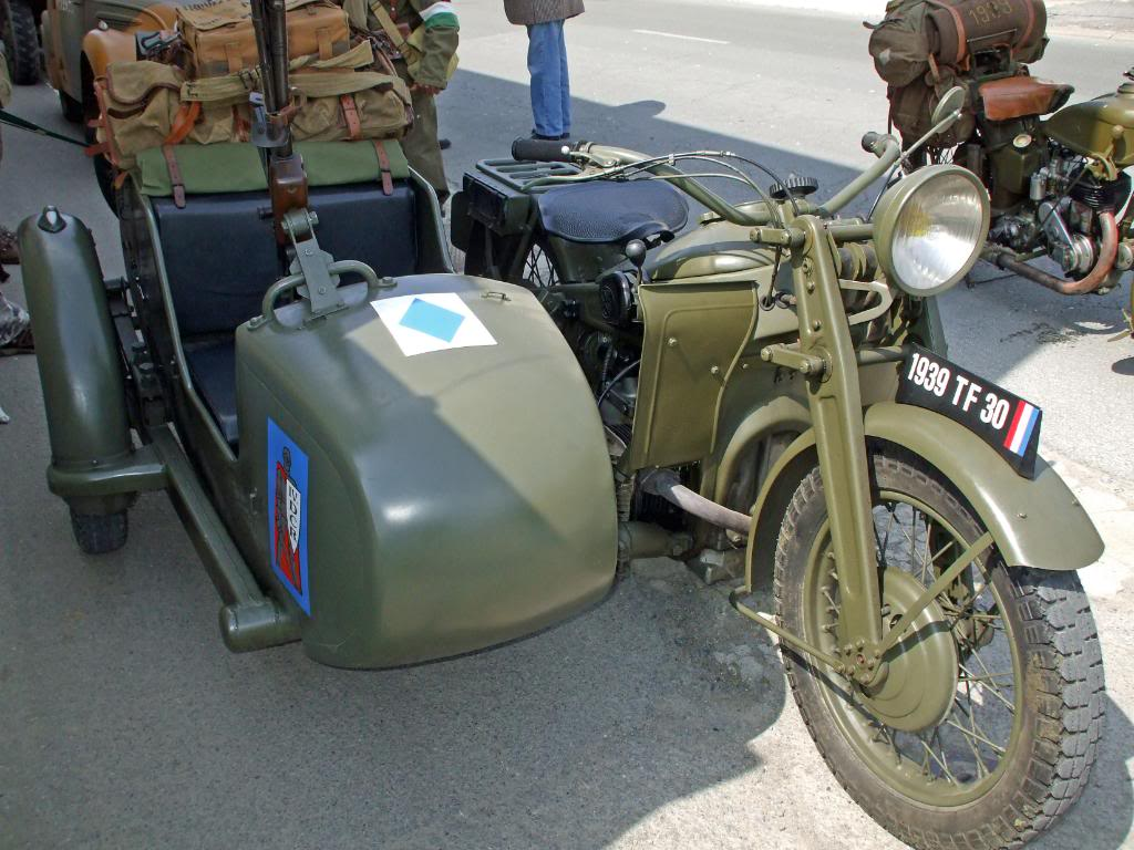 Motos Gnome & Rhône DSCF3563_edited