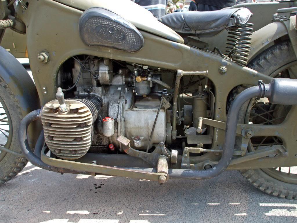Motos Gnome & Rhône DSCF3676_edited