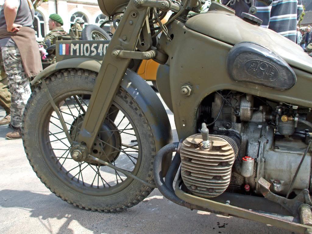 Motos Gnome & Rhône DSCF3678_edited