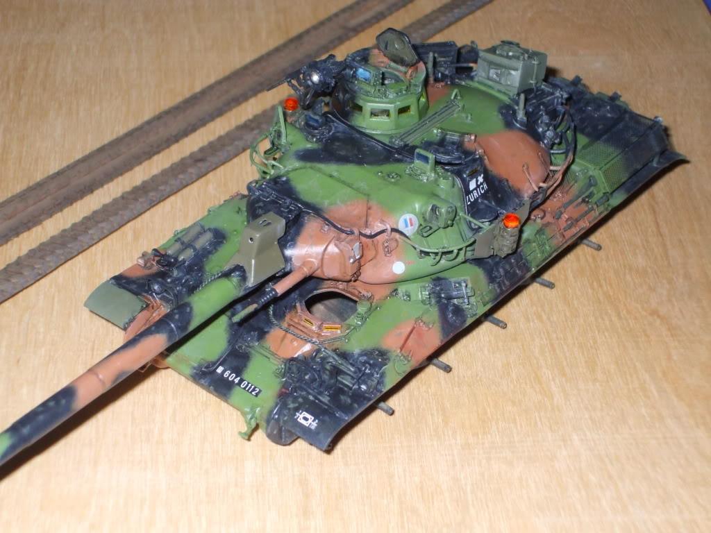 Le zurich du zuzu : AMX 30 B Heller 1/35 - Page 2 DSCF5881-1