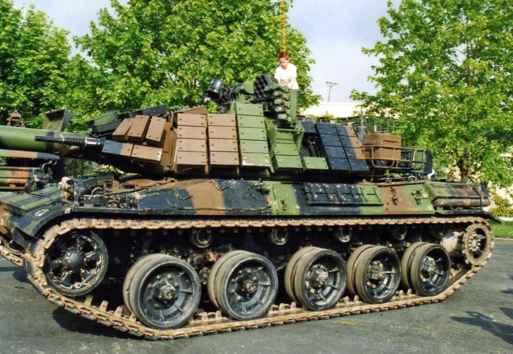 AMX-30B2 Brennus 1/35 Tiger model Img038_edited