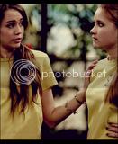 Miley i Emily ThUntitled13-2