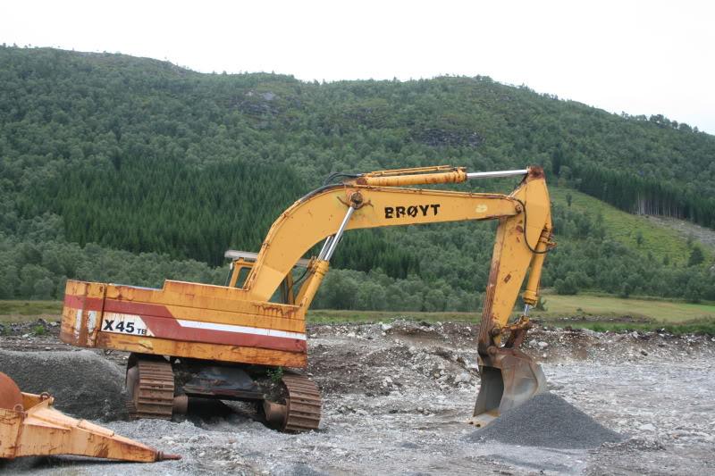 BROYT escavatori IMG_2297