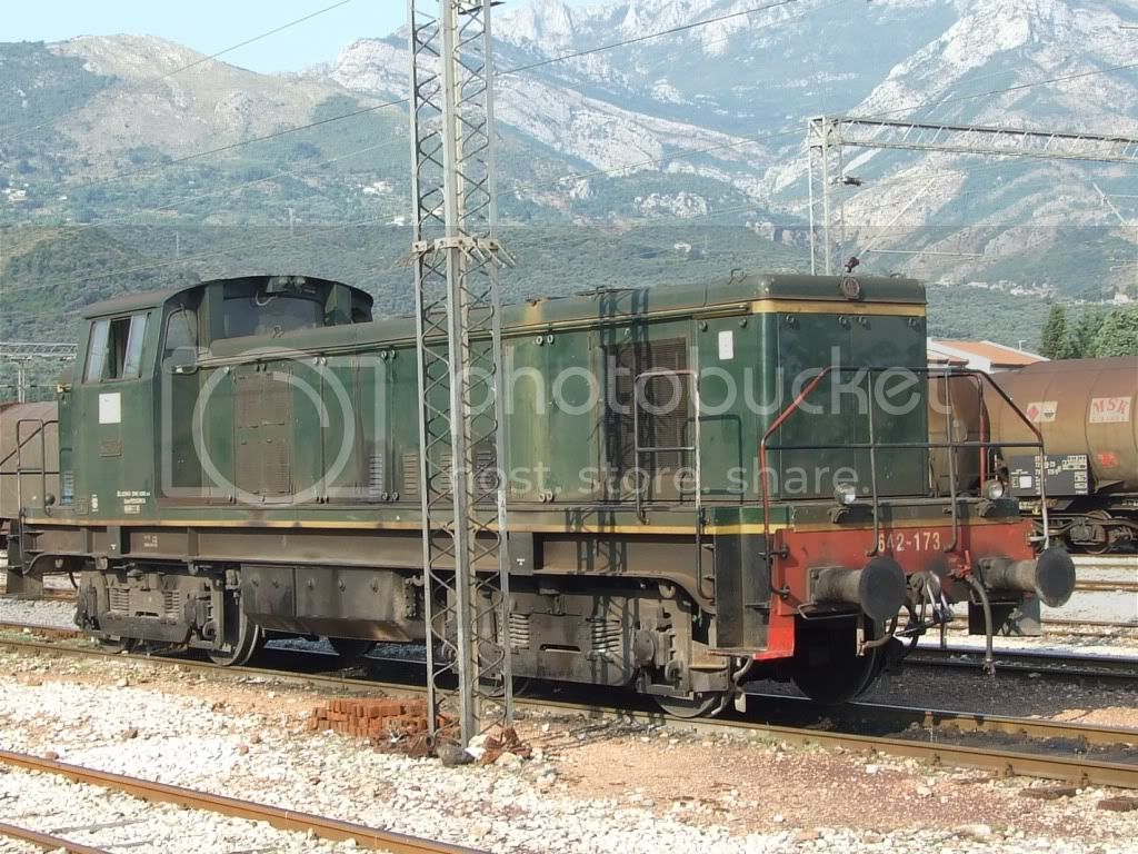 Lokomotive-Vozovi - Page 2 Picture396