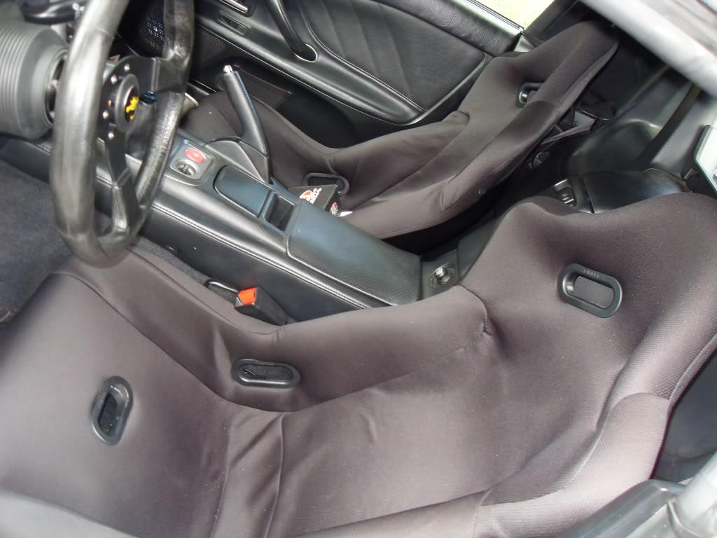 f1 spec fiberglass bucket seats SDC14459
