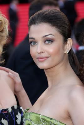 Aishwarya Rai Bachchan - Page 6 Cannes08day4