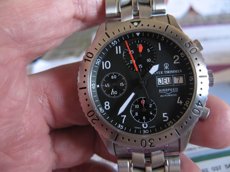 Les montres avec le Jour en français ! Zzzzzzz127