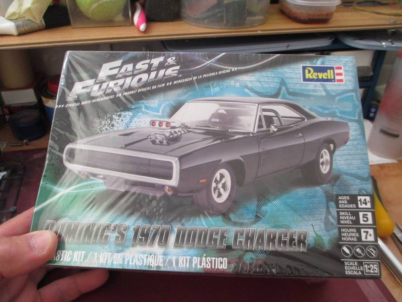 Revell 70´s Dodge Charger 001_zpss6y1imaw
