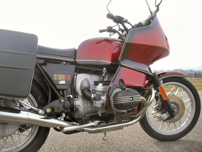 Présentation de GSX1400 qui roule en japonaise (oups)! BMWR100RT1983modle19805