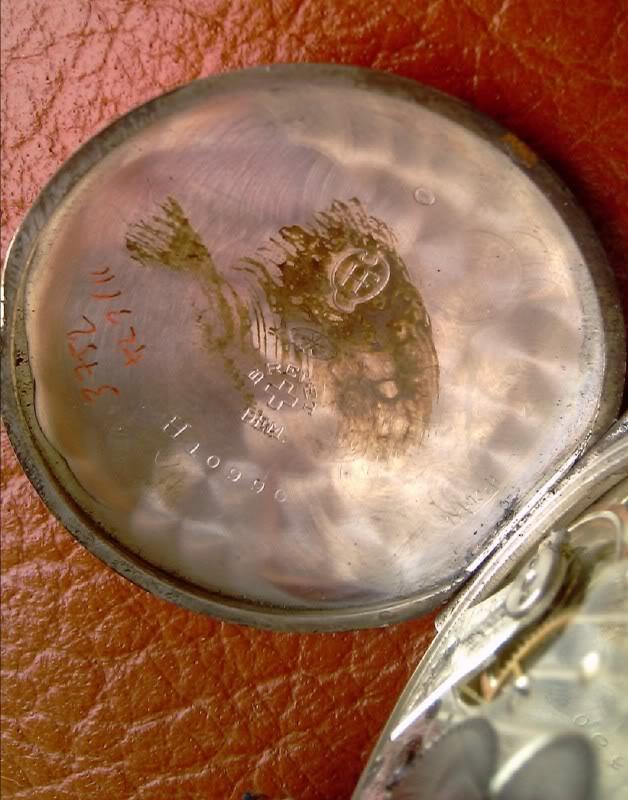Cyma : la première montre militaire avec boussole ? IMAG0096-1