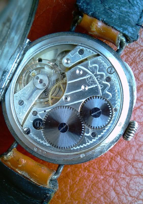 Cyma : la première montre militaire avec boussole ? IMAG0097