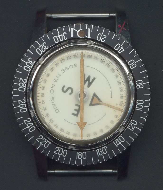 Quelle est votre montre la plus originale ? - Page 2 OctoSkynavyboussole