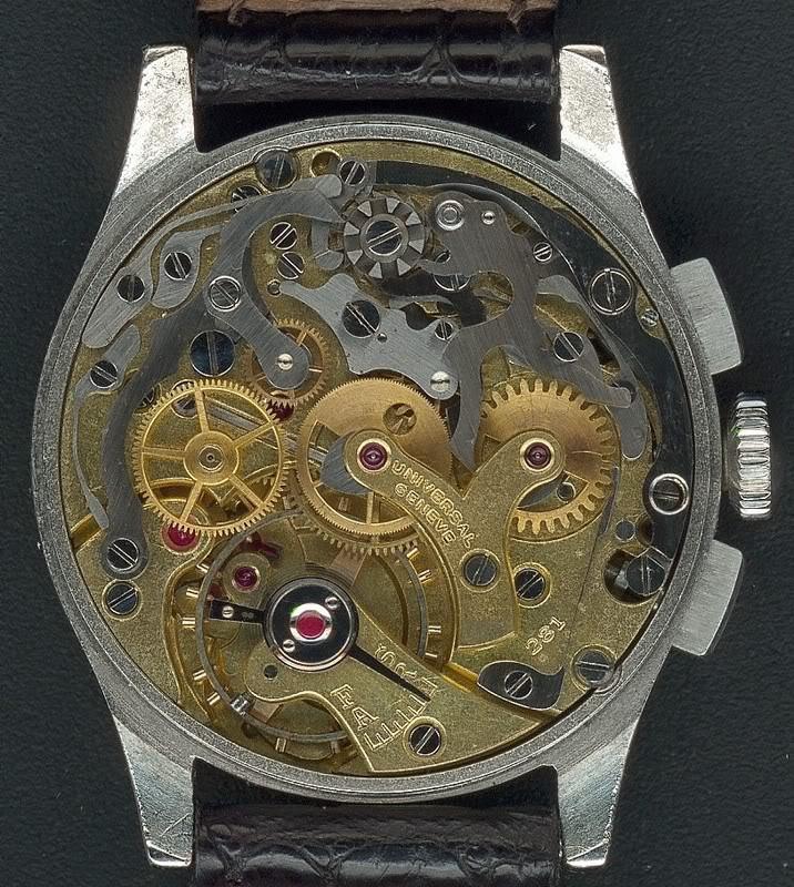 La gamme des calibres chrono Universal Genève Universal281Compax