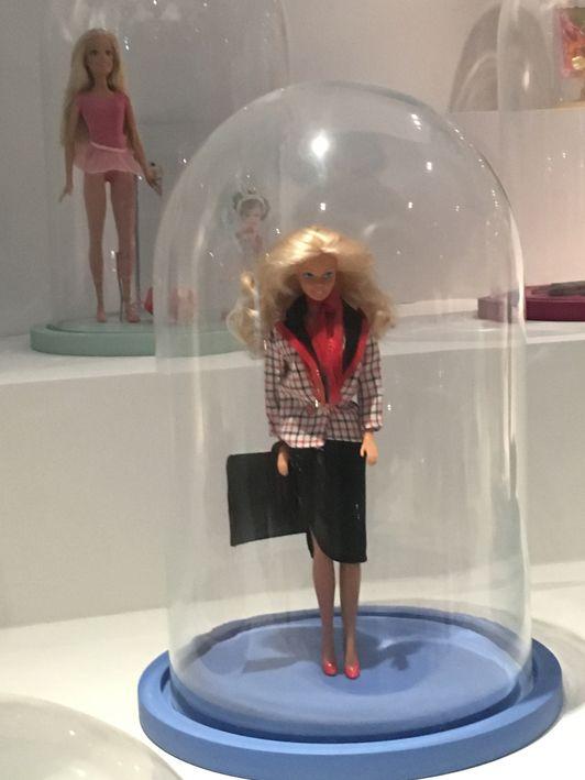 Identification poupée expo arts decoratifs B_web