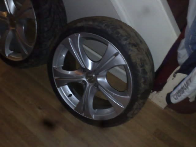 "17"" Wolfrace Suzukas With Tyres 12112008782"