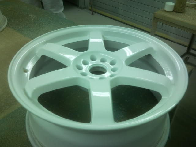Wheel Refurbishment, Paint & Polishing P100309_203308