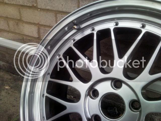 Wheel Refurbishment, Paint & Polishing P100530_183314-1