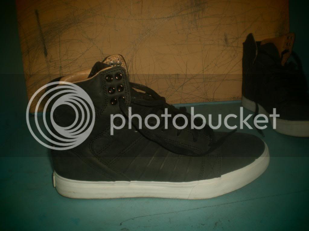 Supra Shoes and Skullcandy headphones PB210010