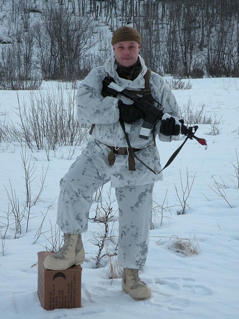 usmc on patrol in norway:) DSCN7506_zps93645121